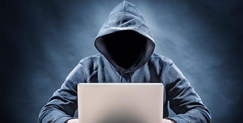 עבירות מין באינטרנט – אינוס באמצעות האינטרנט